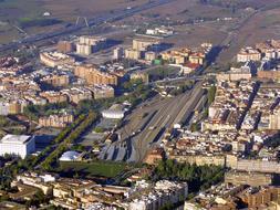LA PLATAFORMA POR EL PARQUE DEL MILENIO EN RENFE ENVÍA EL PROYECTO A RAFAEL MONEO